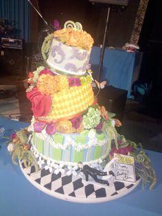 Super Turvy thanks to CalJava, fondant wedding cake, garlic and theater themed