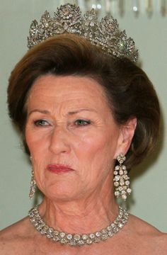 Queen Sonja of Norway worn empress Josephine's Diamond Tiara.