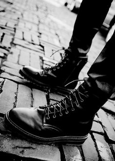 Boots / black and white, Men's Fashion & Style