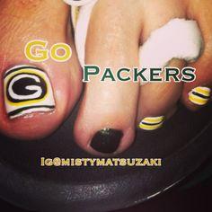 Greenbay packers nail art. Football nail art