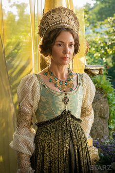 The official website for The White Princess, a STARZ Original Series based on Phillipa Gregory's best-selling books, featuring videos, photos, and more. The White Queen Starz, Los Borgia, Elizabeth Of York, Renaissance, The White Princess, Catherine Of Aragon, Wars Of The Roses, Queen Costume, Medieval Fashion