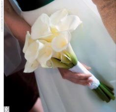 with or without dark purple callas for bridesmaids