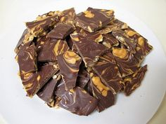 Susannah's Kitchen: DIY Recipe | REESE'S Peanut Butter Bark | Discount Retro Vintage Aprons, Products, Gifts, Kitchen Gadgets, Recipe, Party, Holiday, Wedding, Chicken, Peanut Butter, Pumpkin, Appetizers, Breakfast, Cupcakes, Desserts, DIY, Style, Comfort, Mexican, Food, Healthy, Favorites, Best, Delicious, Nom Nom, Yummy, Ultimate, Recipes