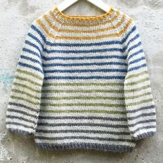 Ravelry: Striped Lama Pattern By - Diy Crafts - maallure Knitting For Kids, Knitting Projects, Ropa Free People, Crochet Baby, Knit Crochet, Fair Isle Knitting Patterns, Baby Cardigan, Baby Sweaters, Kobe