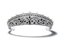 Cartier Paris tiara, circa 1914 - can be worn as a choker