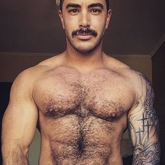 follow @nikoniba #instahandsome #hotman #hairyman #muscleman #muscle #macho…