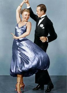 Fred Astaire and Ginger Rogers - Swing Trot, The Barkleys of Broadway Golden Age Of Hollywood, Vintage Hollywood, Hollywood Glamour, Hollywood Stars, Classic Hollywood, Fred Astaire, Shall We Dance, Just Dance, Viejo Hollywood