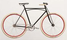 Truss Frame Bike est un vélo designé par Mike Flanagan, le design est hyper old school mais les pneus Fat Frank avec un montage en fixies lui donnent un look d'enfer! Via designboom