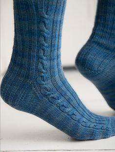 Crochet Socks, Knit Socks, Knitting Socks, Hand Knitting, Knitting Patterns, Knit Crochet, Designer Socks, Mittens, Snug