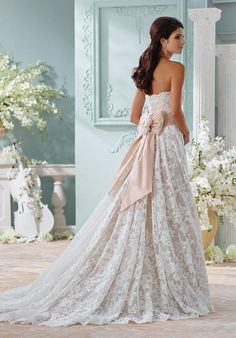 Wedding Dresses for Brides, Wedding Planners, Fashionistas, and Designers - Dresses, Bridesmaids, Gowns