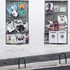 Bloqueos dementes  #madrid #hallazgosemanal #primerolacomunidad #streetphotography #street #photography #emptyheart #toosentimental #igersmadrid