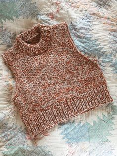 vest no. english pattern online now. norwegian coming soon. thanks a lot for your patience. Crochet Clothes, Diy Clothes, Knit Vest Pattern, Stockinette, Knit Fashion, Knitting Patterns, Knit Crochet, Style, Womens Knitwear