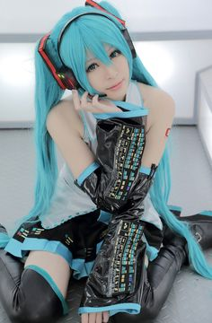 Inspired by Vocaloid Hatsune Miku Video Game Cosplay Costumes Cosplay Suits / Dresses Patchwork / Anime Sleeveless Blouse / Skirt / Sleeves Halloween Costumes / Satin