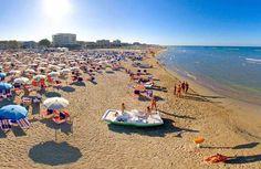 """Una tipica spiaggia di Senigallia -(AN),Marche,- famosa per la sua sabbia di velluto..... (Dal sito :""""hotel-in-senigallia"""" [1.jpg (500×326) ]"""