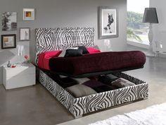 Canapé 647 modelo Zebra.