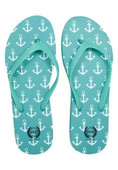 e909f5361ce7 11 Best nautical flip flops images