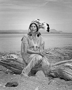 Micmac Chief 39 Years Ago Margaret LaBillois, Eel River Bar recipient of… Native American Photos, Native American Women, Native American History, Native American Indians, Order Of Canada, Navajo, Canadian History, Native Indian, Before Us
