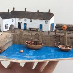KIRSTY ELSON Driftwood Beach, Driftwood Crafts, Putz Houses, Fairy Houses, Wood Houses, Wooden Garden Ornaments, Kirsty Elson, Crowded House, Small Wooden House