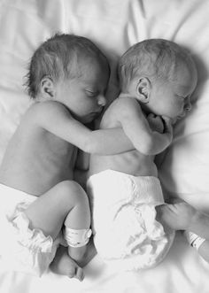 SO sweet. This makes me want to have babies RIGHT NOW!