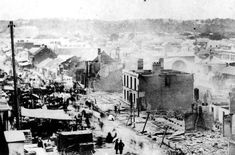 1 December 1864 a boy knocked a kerosene lamp off a shelf in the cellar of a drapery store at the intersection of Queen and Albert Streets,Brisbane.The aftermath an entire block was destroyed inxluding 50 banks and 3 hotels. Brisbane Cbd, Brisbane Queensland, Queensland Australia, Historical Romance Authors, Historical Photos, Brisbane Gold Coast, Botany Bay, The Great Fire, Largest Countries
