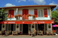 """Café """"Ttipia"""", San Juan de Pie de Puerto, Francia by RLasaosa,r"""