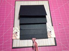 ¡¡¡¡Buenas tardes señoritas y señoritos!!!! Ya se acerca Creativa Barcelona y yo empiezo a estar de los nerviossssss...¿Qué no os he dicho que ScrapMondy's estará allí??? ¡¡¡Pues siiii!!!! Será nue... Baby Scrapbook Pages, Scrapbook Journal, Mini Scrapbook Albums, Scrapbook Cards, Mini Albums, Step Card, Ideas Aniversario, Waterfall Cards, Diy Crafts For Girls
