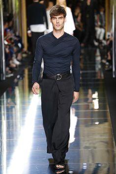 Balmain | Menswear - Spring 2017 | Look 77