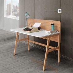 Best minimalis home office desk. lets look tips and trik desain office desk in here ! Home Office Furniture Desk, Home Office Computer Desk, Built In Furniture, Plywood Furniture, Modern Furniture, Furniture Design, Wood Office Desk, Simple Desk, Consoles