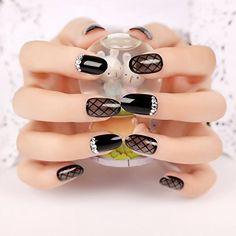 YUNAI 24Pcs False Nails Manicure Black Plaid Fake Nail Patch Salon Nail Art >>> Be sure to check out this awesome product.