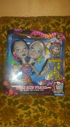 Go into the holidays with this fun @MonsterHigh Peri and Pearl two headed head from @Mattel