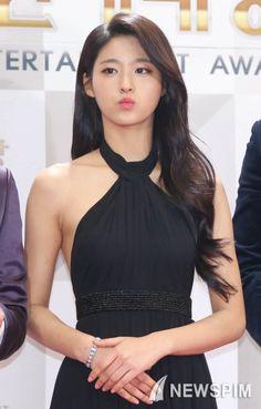 Pretty Asian, Beautiful Asian Women, Cute Asian Girls, Cute Girls, Korean Beauty, Asian Beauty, Kim Seolhyun, Girl Day, Korean Actresses