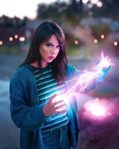 Photoshop Glow, Photoshop Photos, Photoshop Tutorial, Fantasy Photography, Light Photography, Amazing Photography, Portrait Photography, Composition Design, Photo Composition