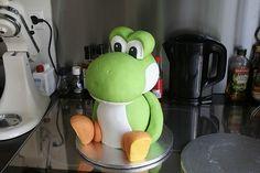 Yoshi Cake. Video Game Cakes