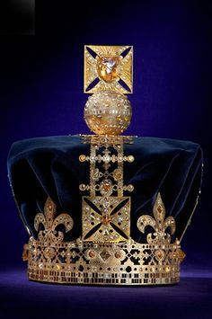 De Beers' Crown Designed for the Queen's Diamond Jubilee - because we're all queens!
