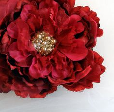 Rich Red Fiber Flower brooch