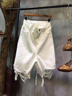 Street Fashion Denim Baggy Trousers Wholesale Cropped Ripped Jeans    #jeans #ripped #wholesale #white #trousers #denim #half