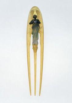lunostar:  Rene Lalique circa 1900.