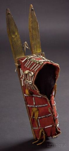 Southern Plains Cloth and Wood Model Cradle Native American Totem, Native American Artifacts, Native American Beadwork, Native American Indians, Cheyenne Indians, Native Americans, Native Indian, Native Art, First Nations