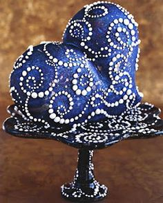 Intricate blue heart cake --- does not have a cake-like appearance!