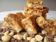 Chocolate-Chunk Blondies