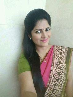 Eye dark eyebrows Ideas for 2019 Indian Natural Beauty, Indian Beauty Saree, Beautiful Girl Indian, Most Beautiful Indian Actress, Beautiful Saree, Beautiful Women, Indian Wife, Indian Girls, Dark Eyebrows