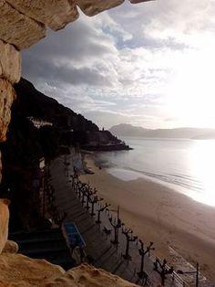 12/01/16 Luces, matices y reflejos en la playa de San Martín en esta mañana de martes. ¡Santoña te espera!
