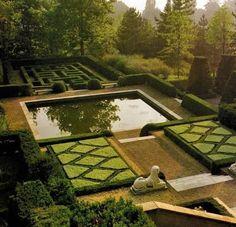 Villa Silvio Pellico (north of Turin (Torino), Italy), designed by Russell Page in 1956