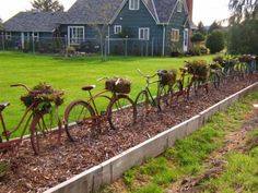 For y'all's bike grave yard lol bike fence - garden art / garden junk - this would look beautiful with colorful flowers planted in the bike baskets! Old Bicycle, Bicycle Art, Old Bikes, Garden Junk, Garden Fencing, Garden Landscaping, Decoration Inspiration, Garden Inspiration, Unique Gardens