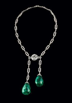 Art Deco Emerald and Diamond Necklace - Molly de Balkany Collection - 14 ct old-mine-cut diamond - 75 ct and 78 ct Colombian Emerald drops - CHF at auction Bijoux Art Deco, Art Deco Jewelry, Fine Jewelry, Jewelry Design, Jewelry Making, Jewellery, Antique Jewelry, Vintage Jewelry, Art Deco Necklace