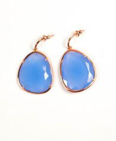 Oorbellen facet geslepen blauw chalcedoon €220,00   MPM Jewelry by Pilar Montes #blauw #blue #bluejewellery #bluejewels #sieraden #oorbellen