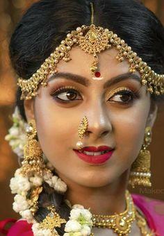 Beautiful Girl Indian, Most Beautiful Indian Actress, Indian Bride Poses, Nose Jewels, Bridal Makeup Images, Actress Anushka, Beautiful People, Beautiful Birds, Hindu Art