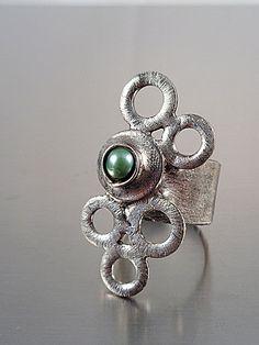Ana Hata Jewelry Design Festival, Fashion Jewelry, Turquoise, Rings, Fashion Design, Trendy Fashion Jewelry, Green Turquoise, Ring, Jewelry Rings