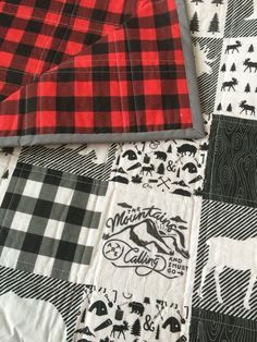 Woodland Baby Quilt Buffalo Plaid by TheCoralCottage on Etsy (diy baby quilt)Nice patterns for quilt for hubsand Flannel Quilts, Plaid Quilt, Rag Quilt, Quilt Baby, Baby Quilts For Boys, Quilted Christmas Gifts, Quilt Patterns, Sewing Patterns, Easy Baby Blanket