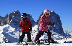 Italia, Trentino. Val di Fassa, nelle Dolomiti: tra le top destinazioni family per la vacanze sulla neve. http://www.familygo.eu/viaggiare_con_i_bambini/trentino/val-di-fassa/settimana-bianca-in-val-di-fassa-con-bambini.html